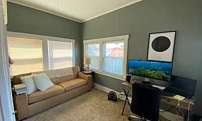 Living Room, 532 Park Ave, 2