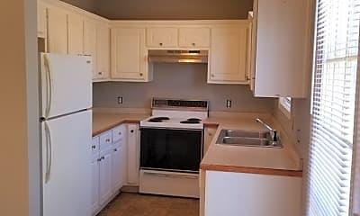 Kitchen, 35 Twin Lakes Rd, 1