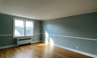 Living Room, 89 S Highland Ave, 1