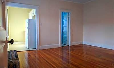 Living Room, 618 Main St, 1