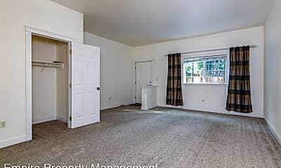 Living Room, 935 Yokum St, 1