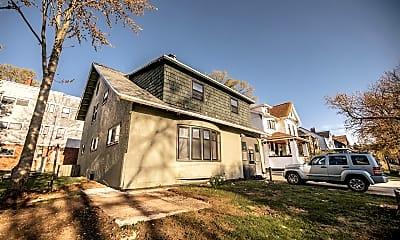 Building, 506 Prospect Ave SE, 1
