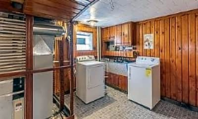 Kitchen, 8161 W Forest Preserve Ave, 1