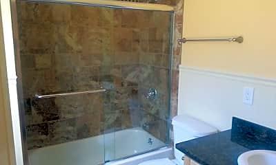 Bathroom, 1625 Myrtle St, 1