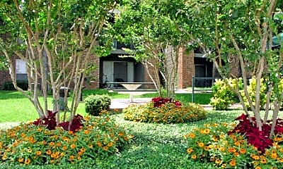 Forest Oaks Apartments, 1