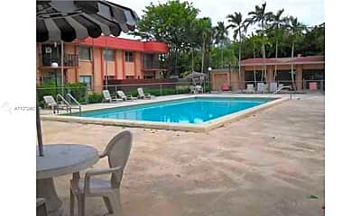Pool, 10477 SW 108th Ave 220, 2