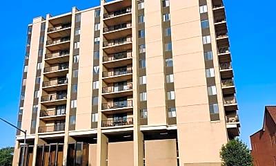 Building, 4242 East-West Hwy 909, 1