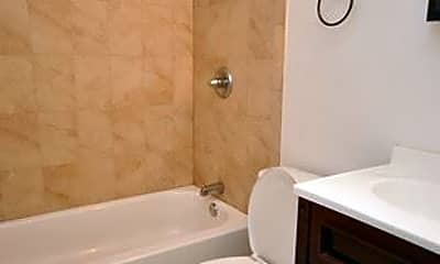 Bathroom, 1924 N 18th St, 2