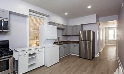 Kitchen, 2028 W Homer St, 2