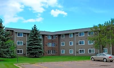 Beadle Plaza Apartments, 2