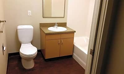 Bathroom, 801 S 28th St, 2