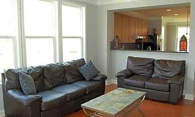 Living Room, 133 Point Comfort Ln, 1