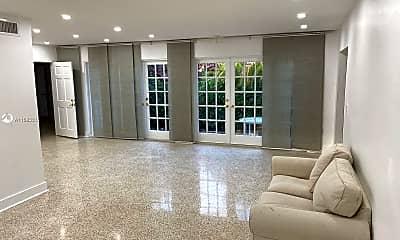 Living Room, 725 91st St, 0