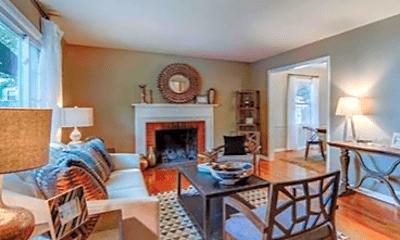 Living Room, 7501 Fairway St, 1