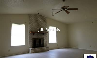 Living Room, 2916 Trailridge Cir, 1