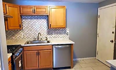 Kitchen, 381 Hildreth St, 1