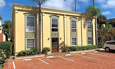 Building, 1121 Torrey Pines Rd, 1
