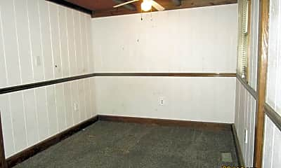 Bedroom, 614 S Koontz Ave, 2