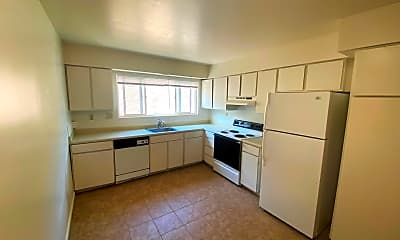 Kitchen, 3455 Gypsum Rd, 2