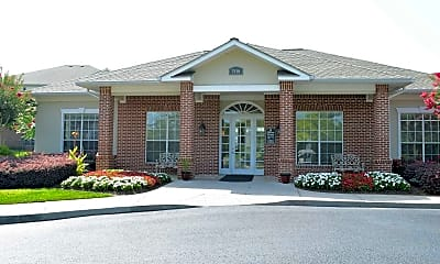 Building, Shallowford Trace Apartments, 1