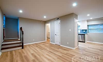 Living Room, 886 St Charles Ave NE, 0