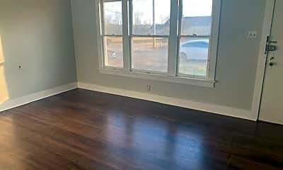 Living Room, 913 W Hazel St, 1