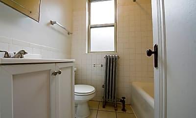 Bathroom, 735 N Austin, 2