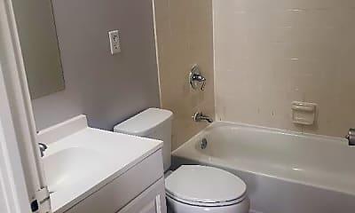 Bathroom, 482 Pedretti Ave, 2