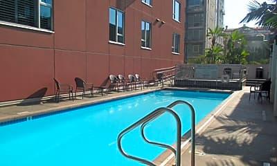 Pool, 1580 Union Street #701, 2