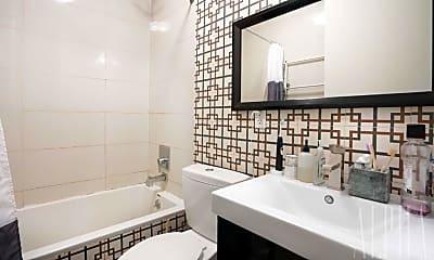 Bathroom, 323 Stanhope St, 2