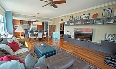 Living Room, 1120 E Kennedy Blvd Unit 1129, 2
