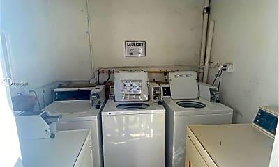 Kitchen, 9390 E Bay Harbor Dr 8, 2