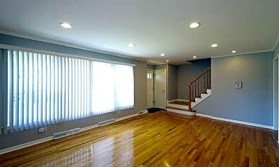 Living Room, 712 N Western Ave, 1
