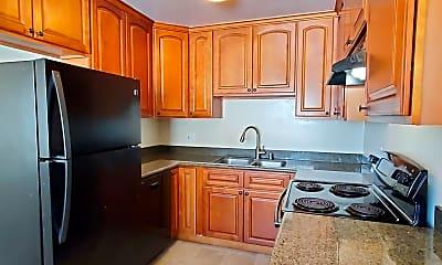 Kitchen, 672 Johanna Ave, 1