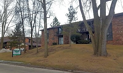Building, Triangle Hill Apartments, 1
