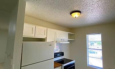 Kitchen, 3202 Salisbury Ave, 0