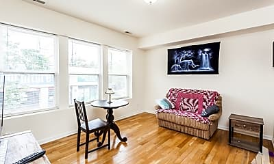 Living Room, 3105 W Lawrence Ave, 1