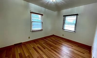 Bedroom, 1114 Byron Ave, 2