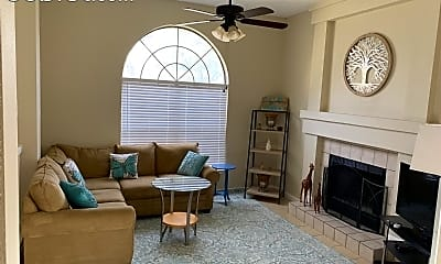 Living Room, 7426 Estrid Trail, 2