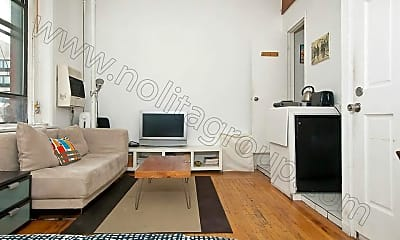 Living Room, 240 Grand St, 2