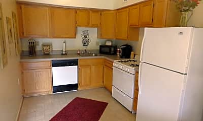 Kitchen, The Townhomes At Seldendale Farms, 1