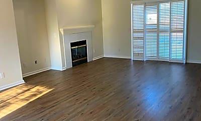Living Room, 4234 Vanguard Dr, 1