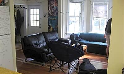 Living Room, 609 E Ann St, 2