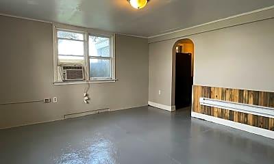 Living Room, 605 W Macon St, 0
