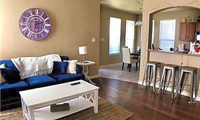 Living Room, 2933 McLaren Dr, 1