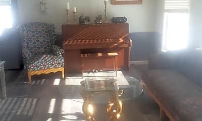 Living Room, 327 Shusta Rd, 0