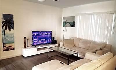 Living Room, 2238 Van Buren St 4, 1