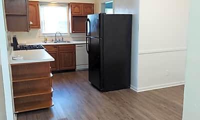 Kitchen, 456 Locust Ave, 1
