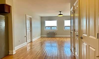 Living Room, 809 22nd St 1102, 1