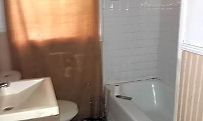 Bathroom, 304 Lawrence Rd, 2